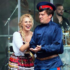 Пелагея с казаком Щербаковым