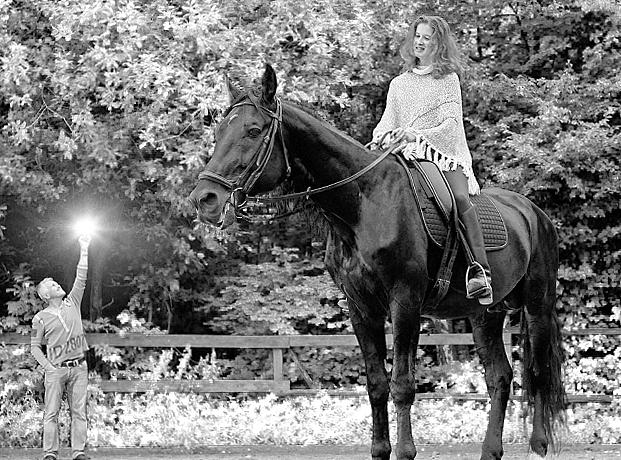 кони_чб