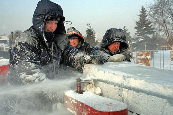 Ледяной дворец на Поклонной горе_72673_600