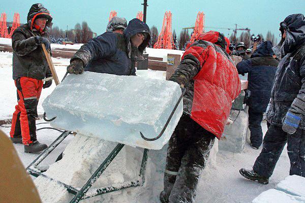 Ледяной дворец на Поклонной горе_73030_600