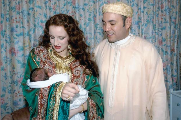 король марокко с женой и ребёнком