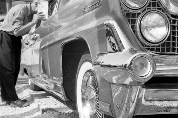 фотовыставка Владимир Степанов. ЛИНКОЛЬН КОНТИНЕНТАЛЬ на американской национальной промышленной выставке в Сокольниках. 1959