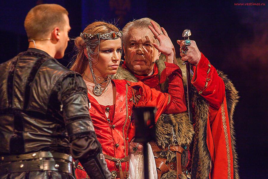Королева_Театр Луны_Цыпляева_WEB_4974